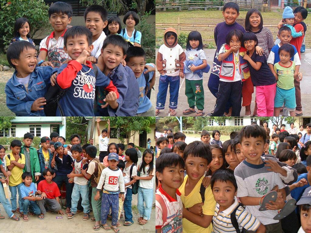 Philippinische Schulkinder und Familien